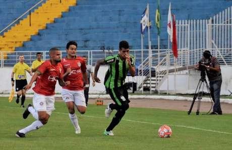 O atacante Lucas Gomes confia na postura do Boa na semifinal do Estadual- Divulgação/Boa Esporte