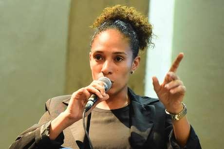 Aline Pellegrino, coordenadora de futebol feminino da Federação Paulista de Futebol (FPF)
