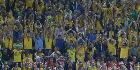 Torcida na Arena Corinthians durante a abertura da Copa do Mundo de 2014