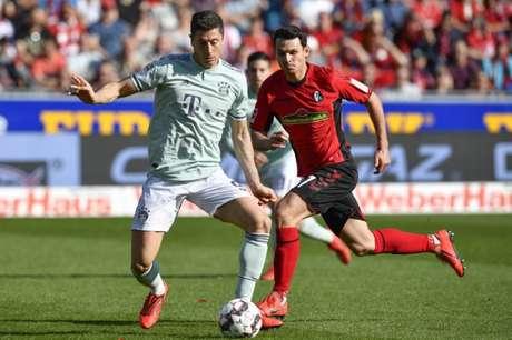 Lewandowski marcou o gol do Bayern (Foto: AFP)
