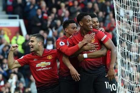 Red Devils conseguiram uma boa vitória em casa (Foto: AFP)