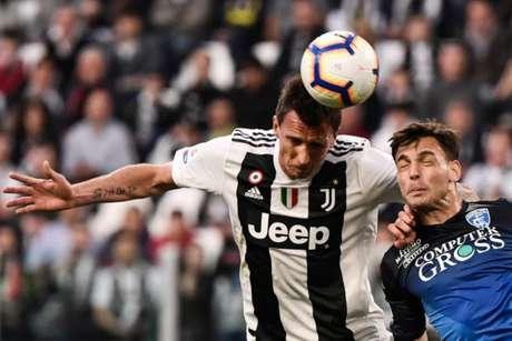 Com tempos distintos, Juventus derrota o Empoli pelo Italiano (Foto: AFP)