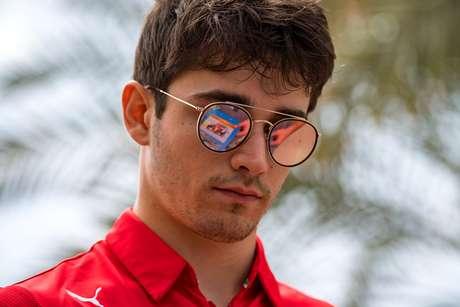 Ferrari ainda não sabe o que provocou problema no carro de Leclerc