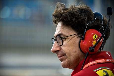 Binotto sai em defesa de Vettel após erro no GP do Bahrein