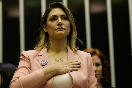 A primeira-dama, Michelle Bolsonaro, participa de sessão solene em comemoração ao Dia Mundial das Doenças Raras, no plenário da Câmara dos Deputados, em Brasília (27/02/2019)
