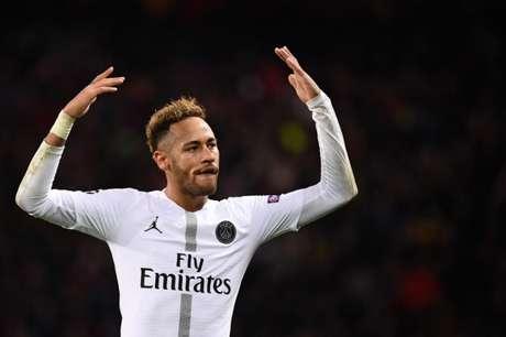 Neymar pode voltar aos gramados em menos de um mês (AFP)