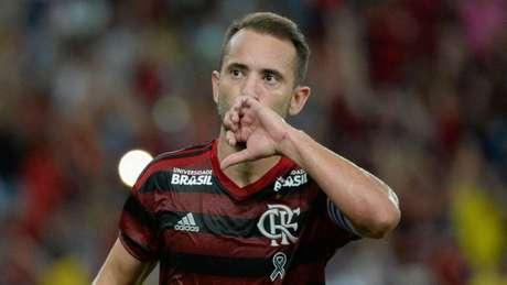 Everton Ribeiro estará em campo no duelo desta quarta (Foto: Alexandre Vidal/Flamengo)