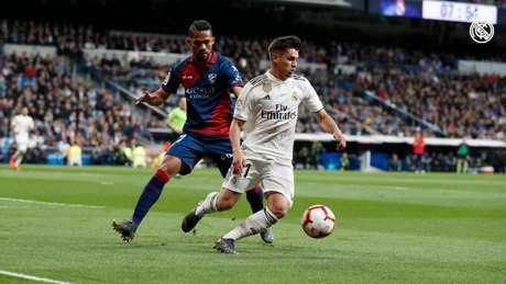 Real Madrid vem de vitória sobre o Huesca (Foto: Reprodução / Twitter)