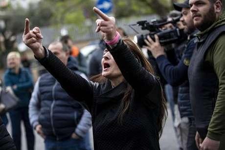 Protesto contra ciganos em Torre Maura, na periferia de Roma