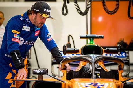 Alonso afirma que McLaren melhorou, mas não o suficiente para um retorno