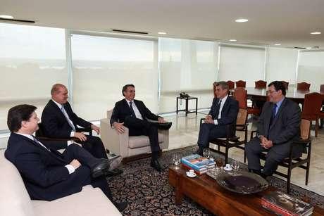 Reunião do presidente Jair Bolsonaro com o ministro Onyx Lorenzoni, com o presidente do MDB, Romero Jucá, com o deputado federal Baleia Rossi (MDB-SP) e com o senador Eduardo Braga (MDB-AM)