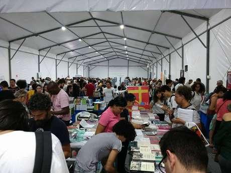 No ano passado, organização estima que 20 mil pessoas passaram pela feira