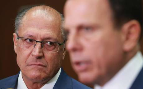 Geraldo Alckmin (e), ao lado de João Dória 13/03/2018.