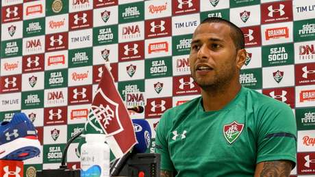 d955b595258ec Rodolfo é o goleiro do Fluminense (Foto  LUCAS MERÇON   FLUMINENSE ...