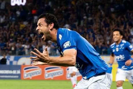 Fred comemora seu gol pelo Cruzeiro contra o América-MG, na segunda partida das semifinais do Campeonato Mineiro 2019