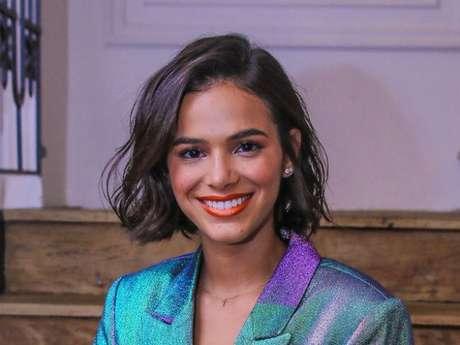Bruna Marquezine recebeu apoio após ser criticada por conta do cabelo curto