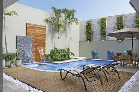 29 – Projeto de área de lazer pequena com piscina. Fonte: Pinterest