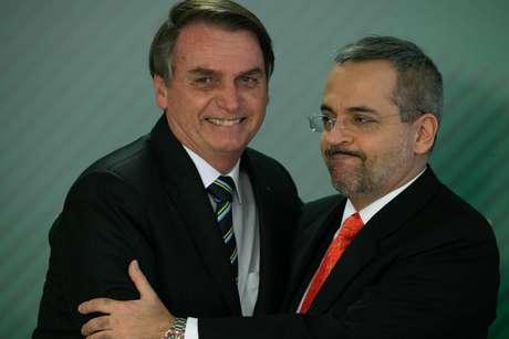 Presidente Jair Bolsonaro empossa do novo Ministro de Estado da Educação Abraham Weintraub nesta terça-feira, 09.