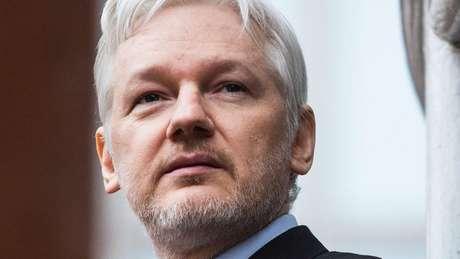 Julian Assange pediu asilo na embaixada do Equador em Londres em 2012