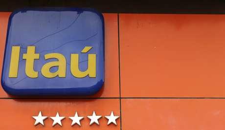 Logo do Itaú em agência no Rio de Janeiro 05/02/2018 REUTERS/Sergio Moraes