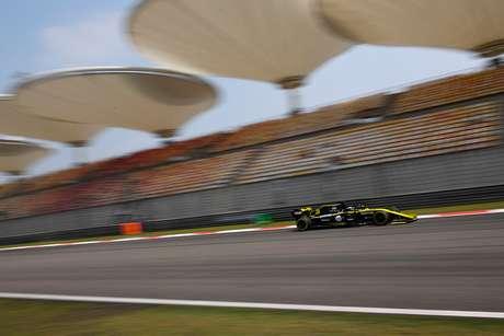 VÍDEO: Victor Berto comenta a chegada do 1000º GP da F1