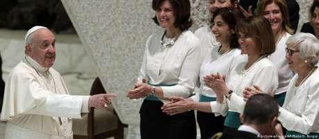 Papa recebe Liceu Visconti no Vaticano