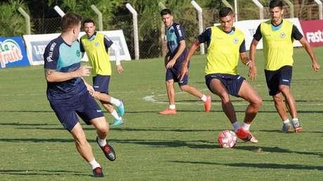 Júnior Brandão não acredita que eliminação possa atrapalhar Atlético-GO na decisão (Foto: Divulgação/Goiás)
