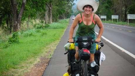 Ishbel já pedalou sozinha por mais de 20 países, inclusive no Brasil