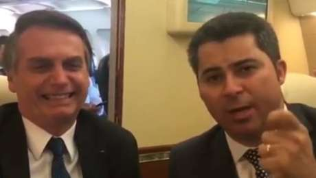 O presidente Jair Bolsonaro e o senador Marcos Rogério, em vídeo reproduzido nas redes sociais