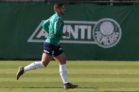 Zé Rafael tem ganhado pontos com Felipão mesmo depois de perder pênalti decisivo (Agência Palmeiras/Divulgação)