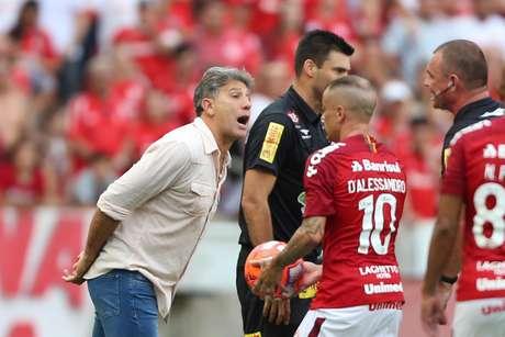 Internacional X Grêmio partida válida pela final (etapa 1 de 2) do Campeonato Gaúcho 2019. Partida realizada no Estádio Beira Rio na tarde de domingo (13) em Porto Alegre, RS, Brasil.