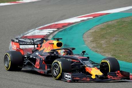 Verstappen nega rumores sobre a Mercedes