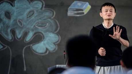 Jack Ma fundou o Alibaba em sua própria casa, e a empresa se tornou uma gigante mundial no varejo online