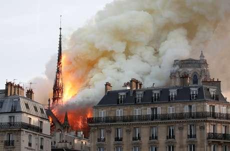 Incêndio na Catedral de Notre Dame, em Paris Foto: REUTERS/