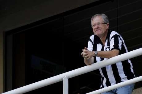 Carlos Eduardo Pereira externou a sua posição em relação ao substituto de Zé Ricardo (Foto: Vitor Silva/SSPress)