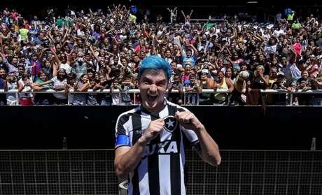 Felipe Neto, em jogo beneficente realizada em dezembro (Foto: Vítor Silva /SSPress/Botafogo)