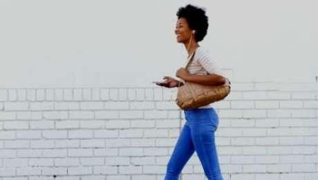 Cerca de 25 horas de caminhada por semana pode reduzir em 50% o risco de doenças - Foto: Shutterstock