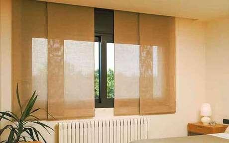 10- Os modelos de cortinas para quarto tipo painel são práticas e versáteis. Fonte: BlindLux