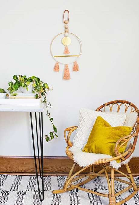 38. A cadeira de balanço de vime também é um modelo muito utilizado – Foto: Pinterest