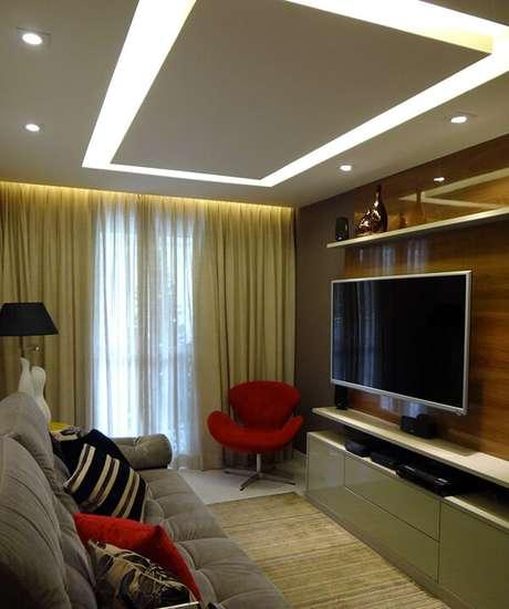 2- Os modelos de cortinas para sala devem acompanhar as tonalidades do ambiente. Fonte: Verônica Torres Gomes