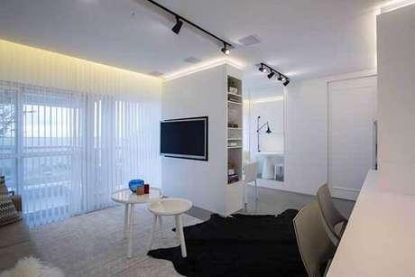 42- Os modelos de cortinas transparentes permitem a visualização da área externa. Fonte: Máira Ritter