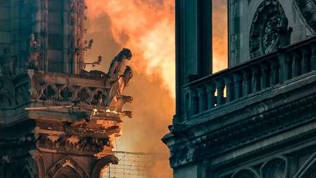 As gárgulas da Notre-Dame são símbolos da catedral