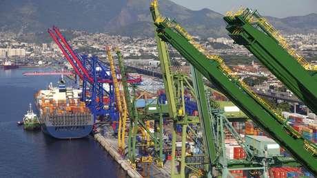 Espera-se que o governo reduza entraves na importação