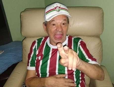 Seu Rosival, o torcedor que se apoia no Fluminense na luta contra o AVC (Foto: Arquivo Pessoal)
