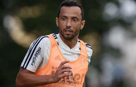 Nenê levou entrada muito dura no final do primeiro tempo do jogo-treino desta terça (Rubens Chiri/saopaulofc.net)