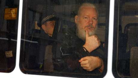 Para Moreno, Assange e o ex-presidente Rafael Correa agiam de forma coordenada