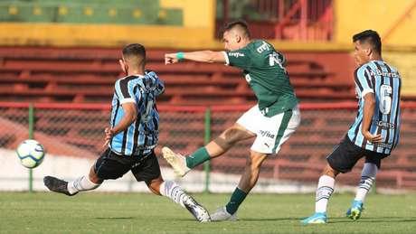 Aníbal empatou o jogo para o Palmeiras já nos acréscimos da Copa do Brasil sub-20 (Foto: Ag. Palmeiras)