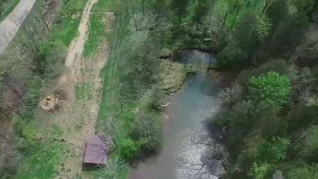 A caverna no Tennessee explorada pelo britânico é considerada perigosa