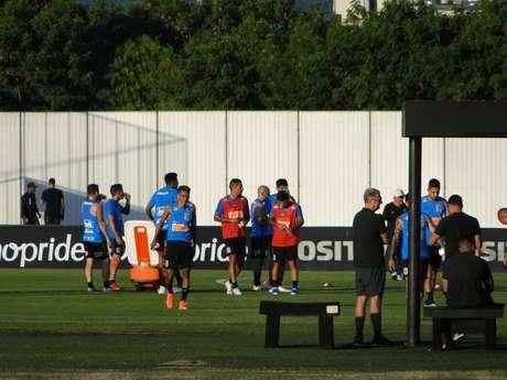 Corinthians treinou no CT Joaquim Grava na tarde desta quinta-feira, em Guarulhos (Foto: Ana Canhedo/Lancepress!)