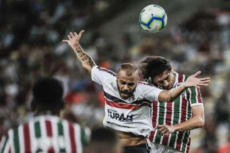 RJ - COPA DO BRASIL/FLUMINENSE X SANTA CRUZ - ESPORTES Partida entre as equipes de Fluminense x Santa Cruz, valida pela Copa do Brasil, realizado no estadio do Maracanã nesta quarta-feira(17).